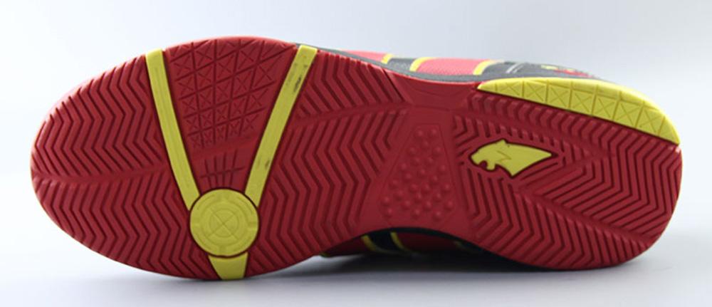 giày đá bóng đế IC