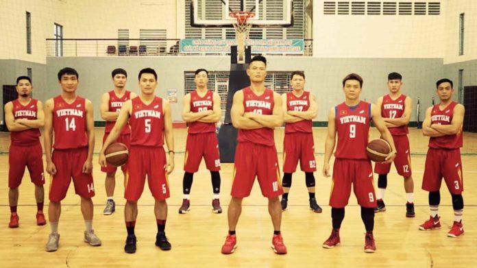 1 đội bóng rổ có bao nhiêu người