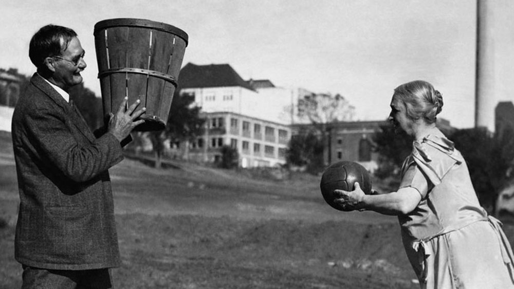 môn bóng rổ ra đời ở đâu
