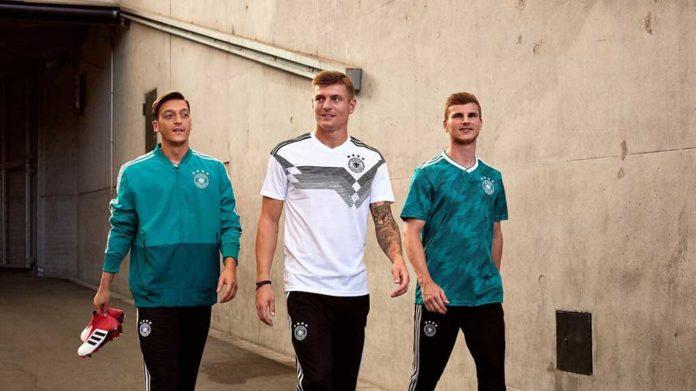 quần áo bóng đá Đức 2018