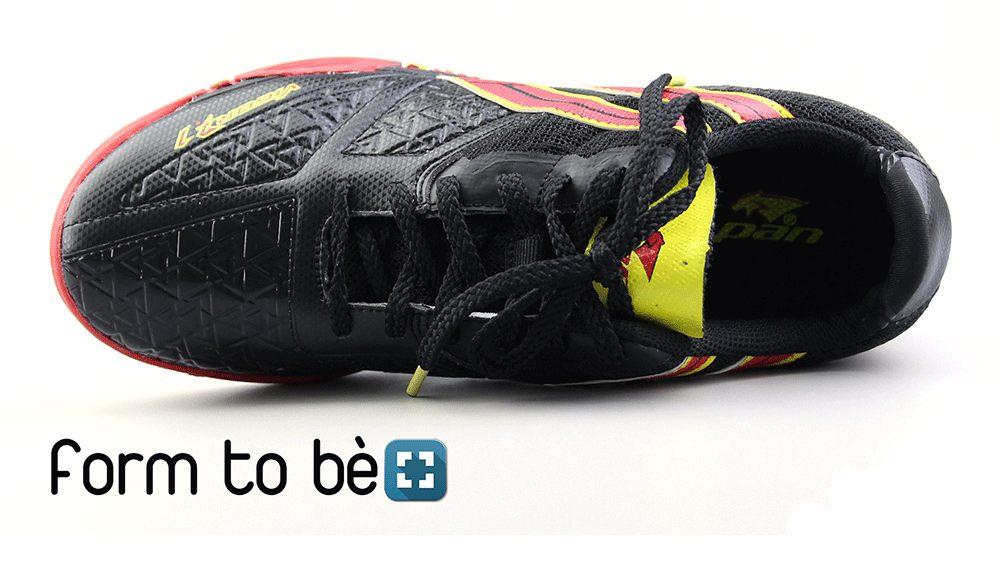 mua giày futsal