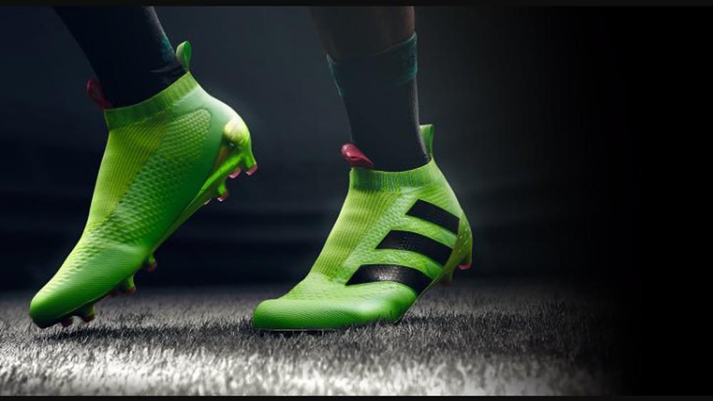 giày đá bóng không dây